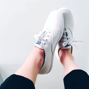 36f166e1b5485f An easy way to wear white sneaker.  kedsstyle Tap link in bio to shop